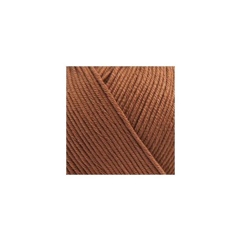 Pelote fil de coton essential cotton dk praline Rico Design