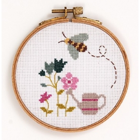 "Kit complet de broderie ""abeille"" points comptés - Rico Design"